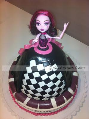 tarta draculaura 1