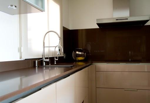 Qu color de silestone pongo en mi cocina 2 parte - Encimera marron chocolate ...
