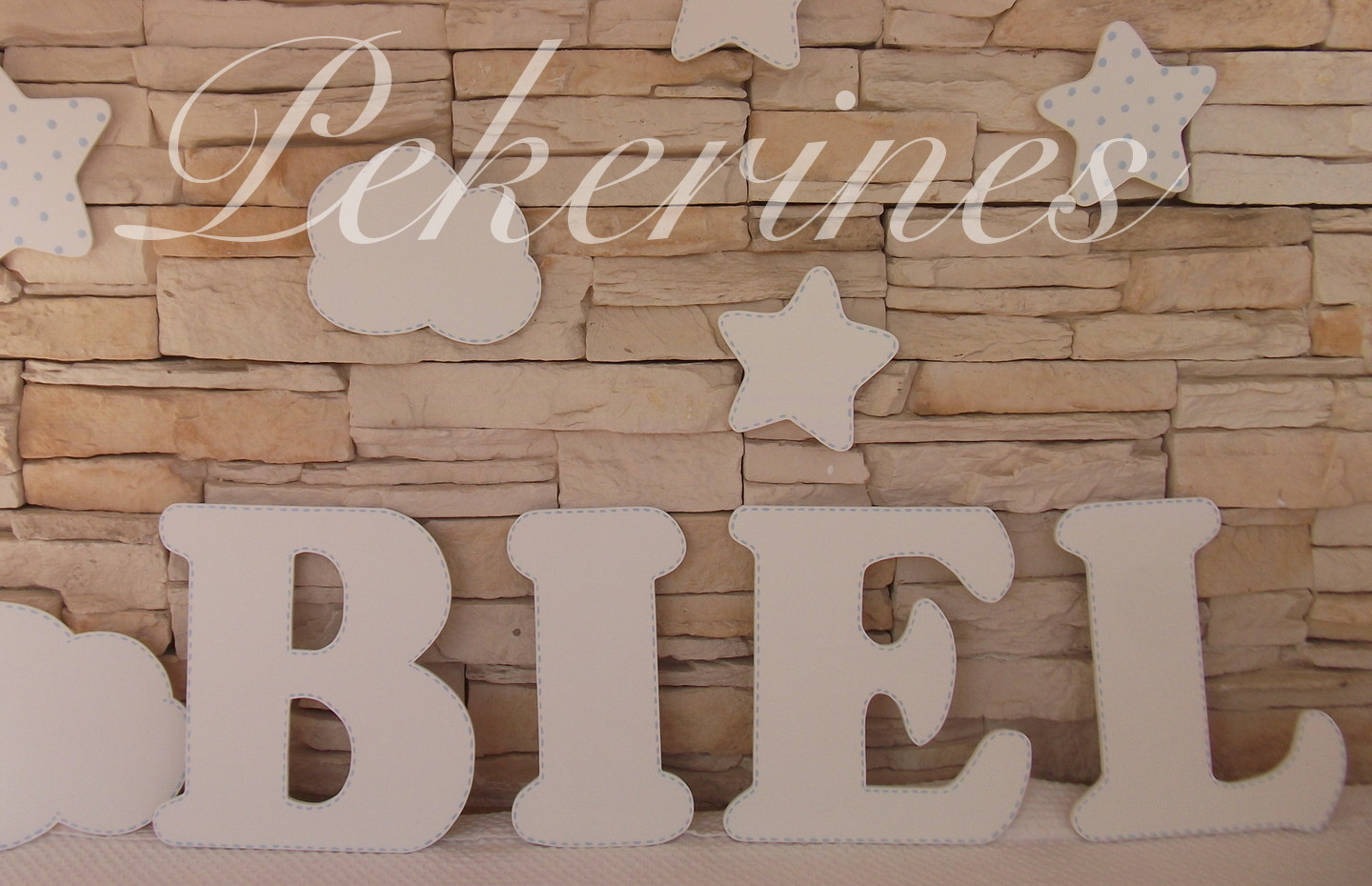 Decoraci n infantil pekerines letras de madera decoraci n - Letras bebe decoracion ...