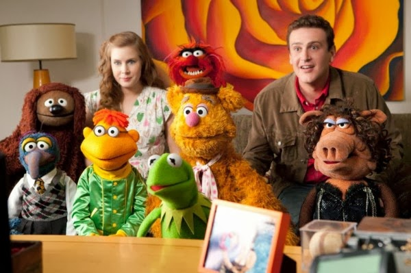Amy Adams as Mary with Jason Segal as Gary with The Muppets Kermit, Gonzo in The Muppets