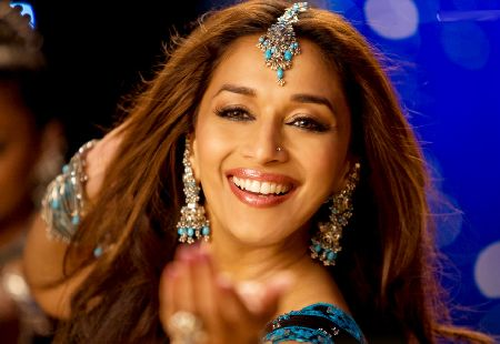 Madhuri Dixit Wallpapers Bollywood Beautiful Actress