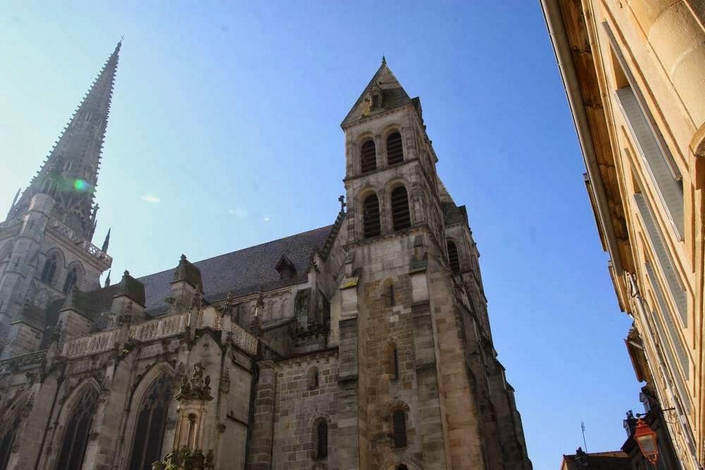 De kathedraal Saint-Lazare in Autun