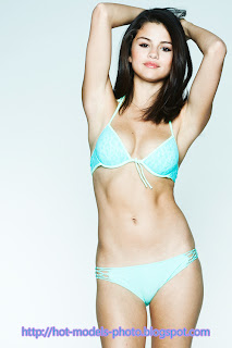 Selena Gomez Hot Sey Model Shoot