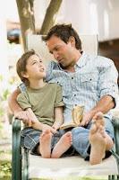 Padre feliz con su hijo.jpg