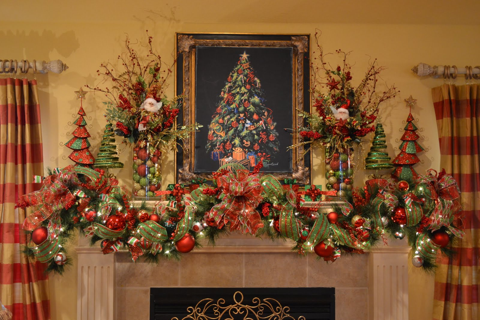 Kristen's Creations: My Christmas Mantle