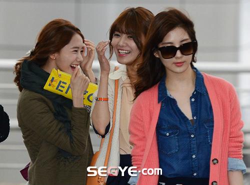 SNSD Di Bandara Incheon 03