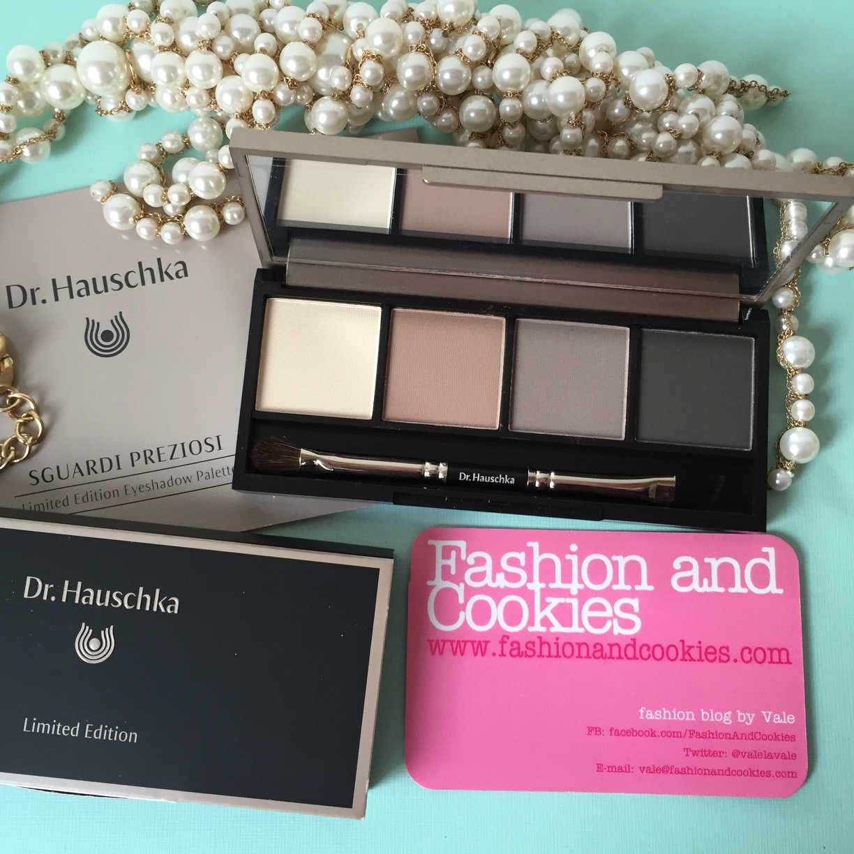 Dr. Hauschka Limited Edition palette on Fashion and Cookies fashion and beauty blog, fashion blogger style