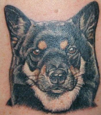 cane tatuaggio