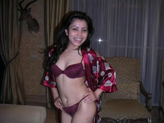 Foto hot mayang sari
