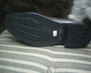 sepatu versance dari depan