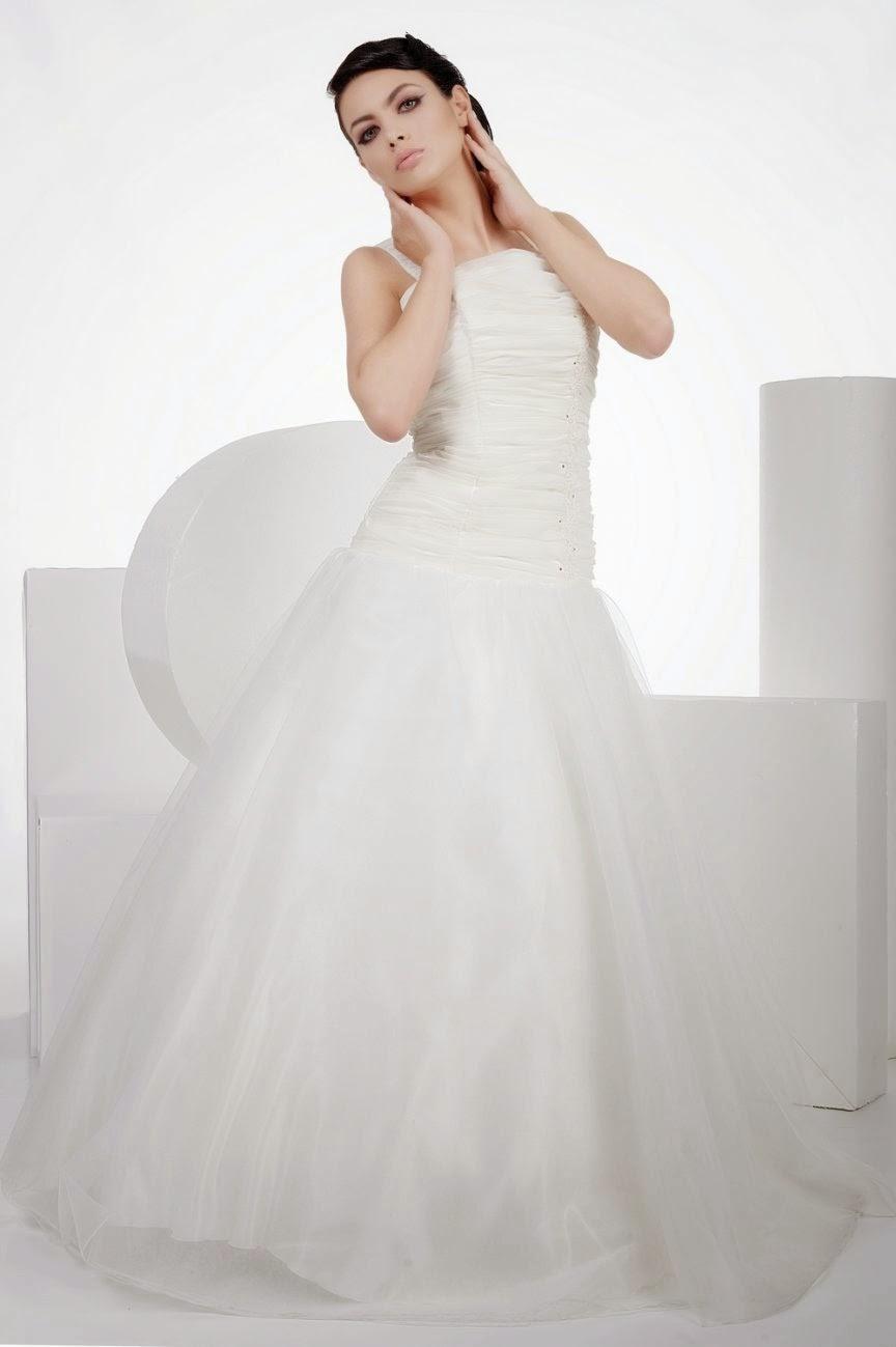 rochia de mireasa Sonia