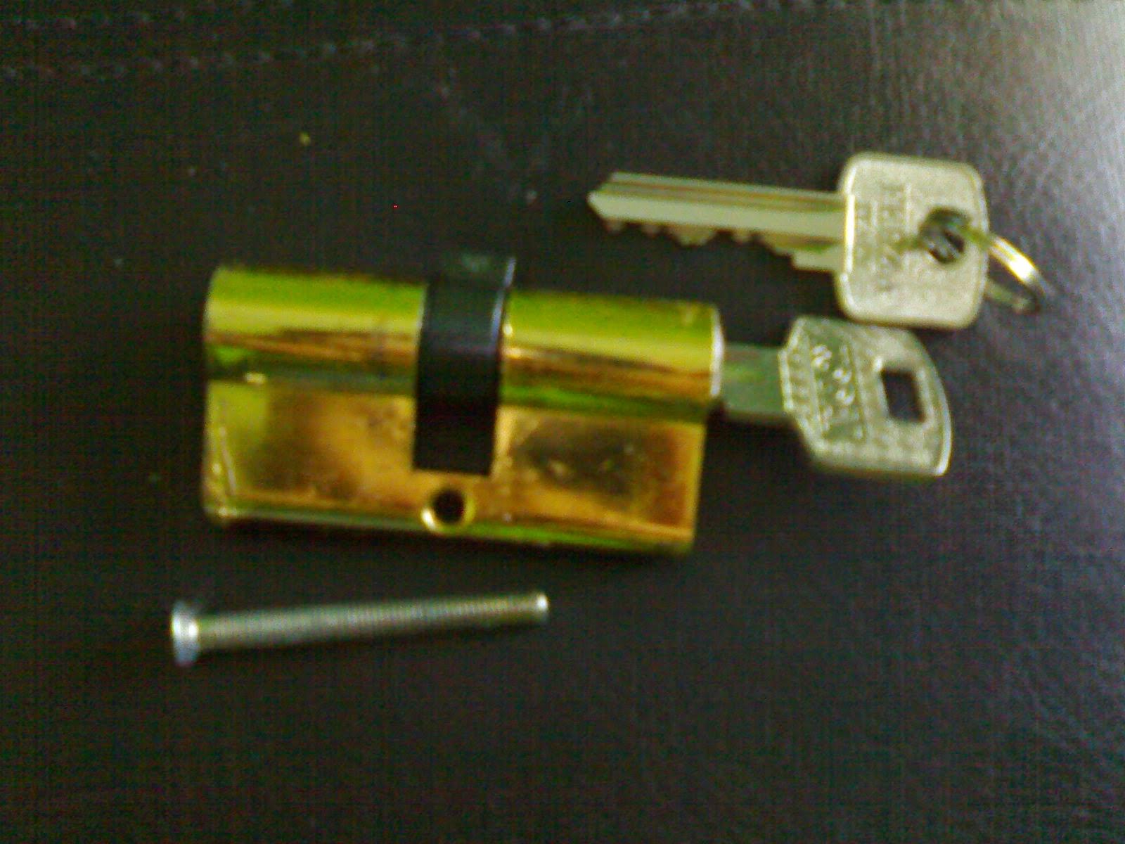 Silinder Kunci Pintu Rumah