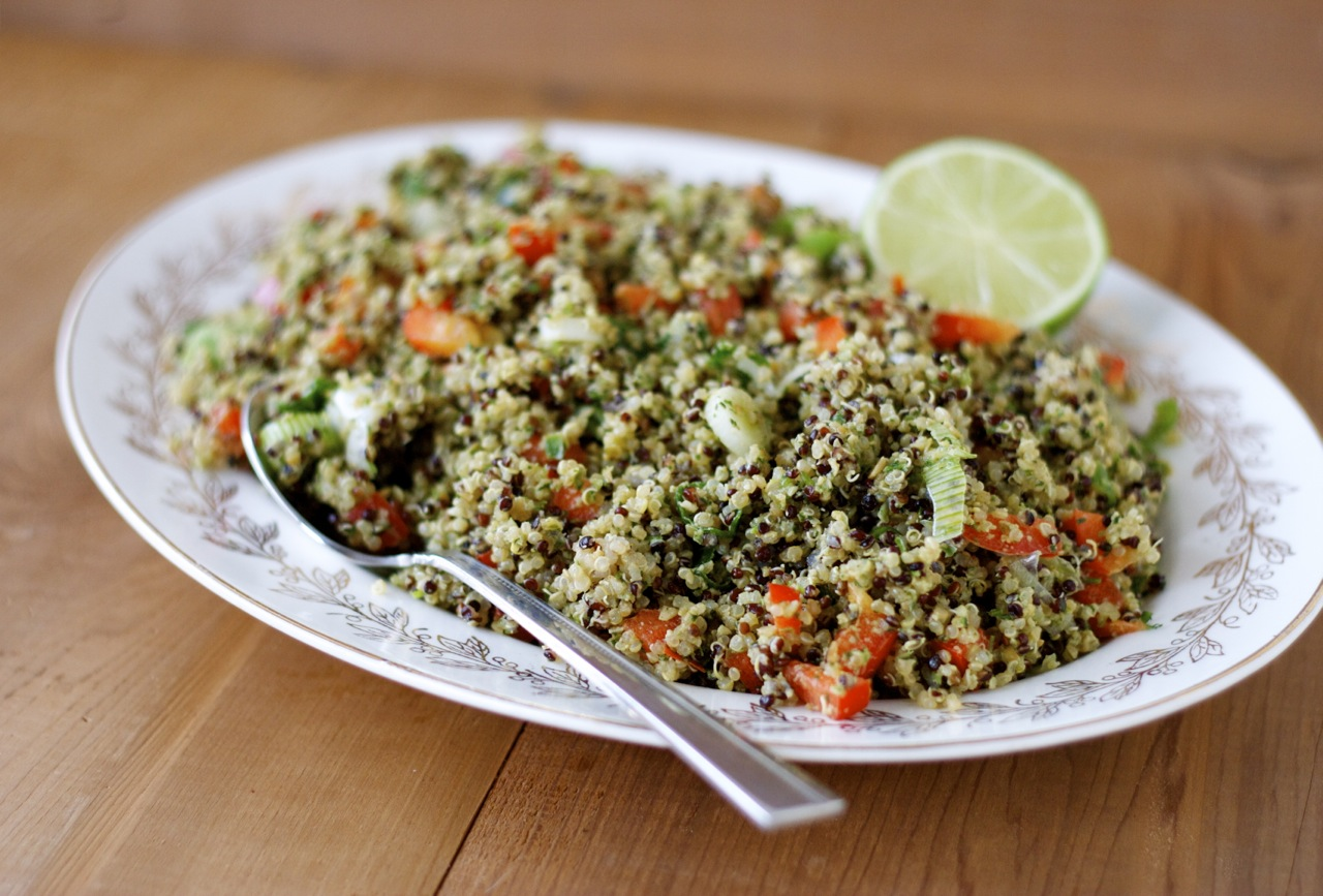 Mexican Quinoa Salad - Craving Greens