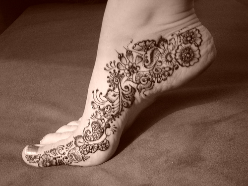 girl tattoo designs dragon simple mehndi designs for feet. Black Bedroom Furniture Sets. Home Design Ideas