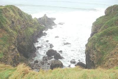 Caravia, acantilados en las proximidades de la playa de La Beciella