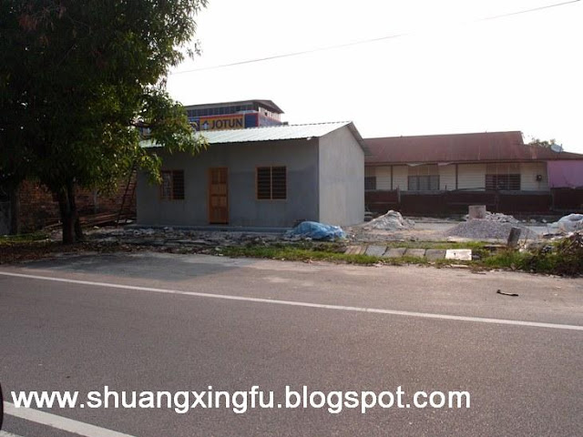 Xing Fu RECTANGULAR AND SQUARE SHAPED HOUSES