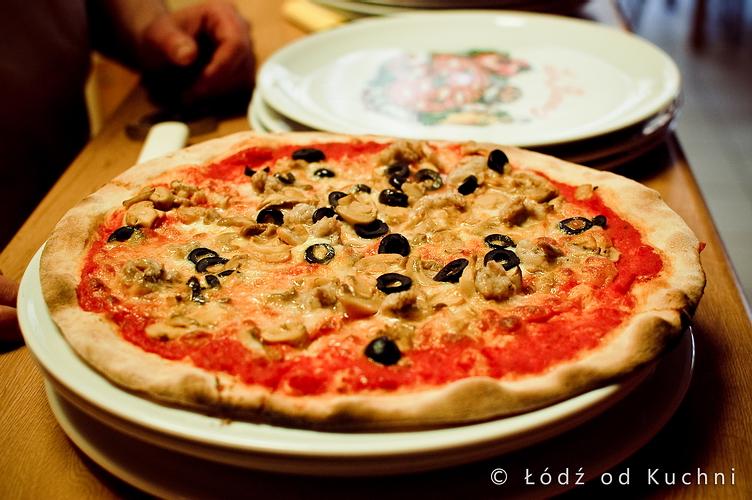 Pomodoro Łódź od Kuchni pizza