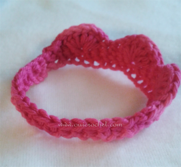 Crochet Baby Crown Headband Pattern : Oui Crochet: Preemie Tiara 2 {Free Crochet Pattern}