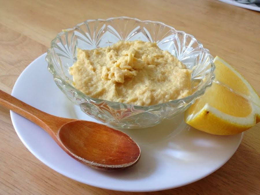 ¿Te han sobrado garbanzos cocidos? Prepara Hummus. Te contamos cómo