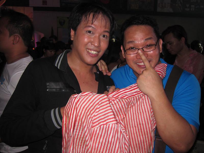 Pink Fox Patrol: JM de Guzman: Shirt On Shirt Off