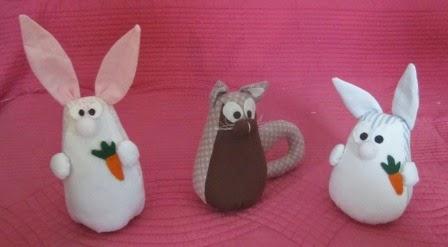 la petite maison de sylvie un chat un lapin d coration en tissu. Black Bedroom Furniture Sets. Home Design Ideas