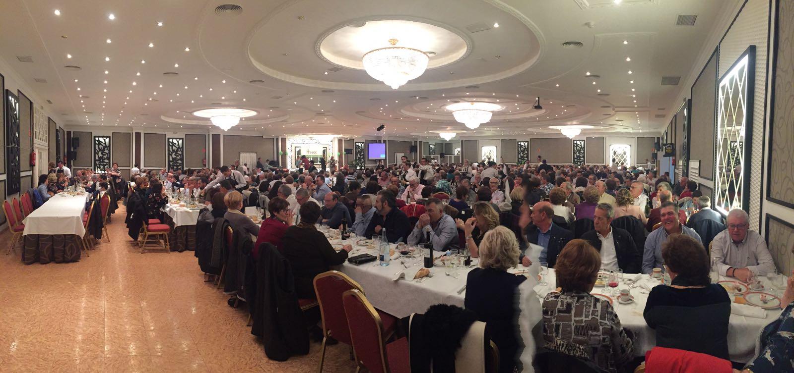 Mas de 500 personas acudieron el sábado a la cena del cáncer en Mora