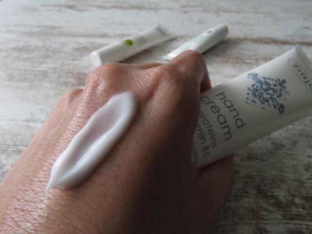 ZIAJA krém na ruky s hodvábnymi proteínmi - konzistencia