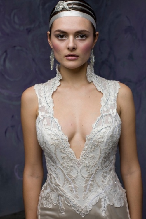 Wedding dress cleavage the best indian cleavage show for Wedding dress cleavage