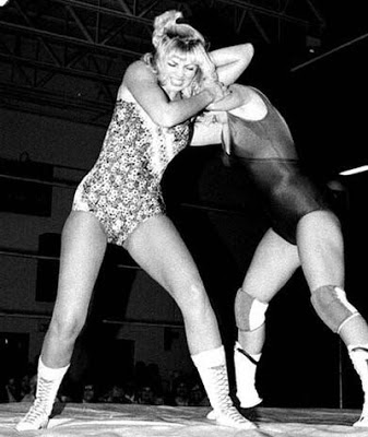 female wrestling-classic women wrestling-female pro wrestling