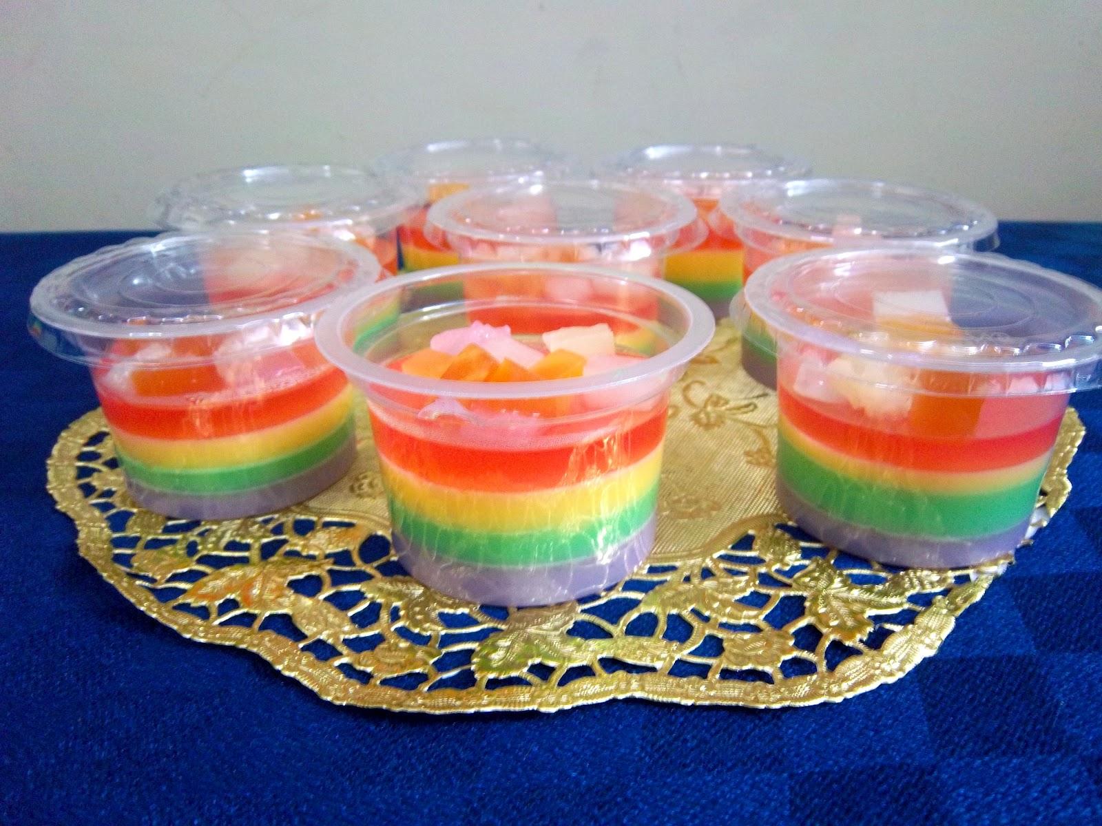DAPUR CANTIQ : Tak jadi Rainbow CakeRainbow Pudding pun jadi