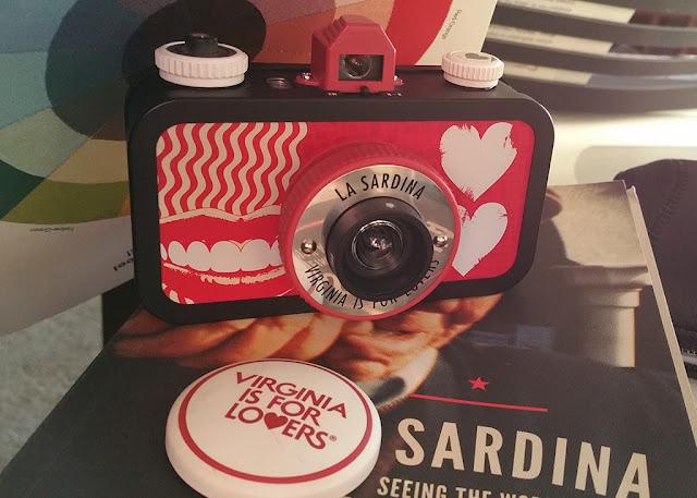La Sardina toy camera Virginia is for Lovers