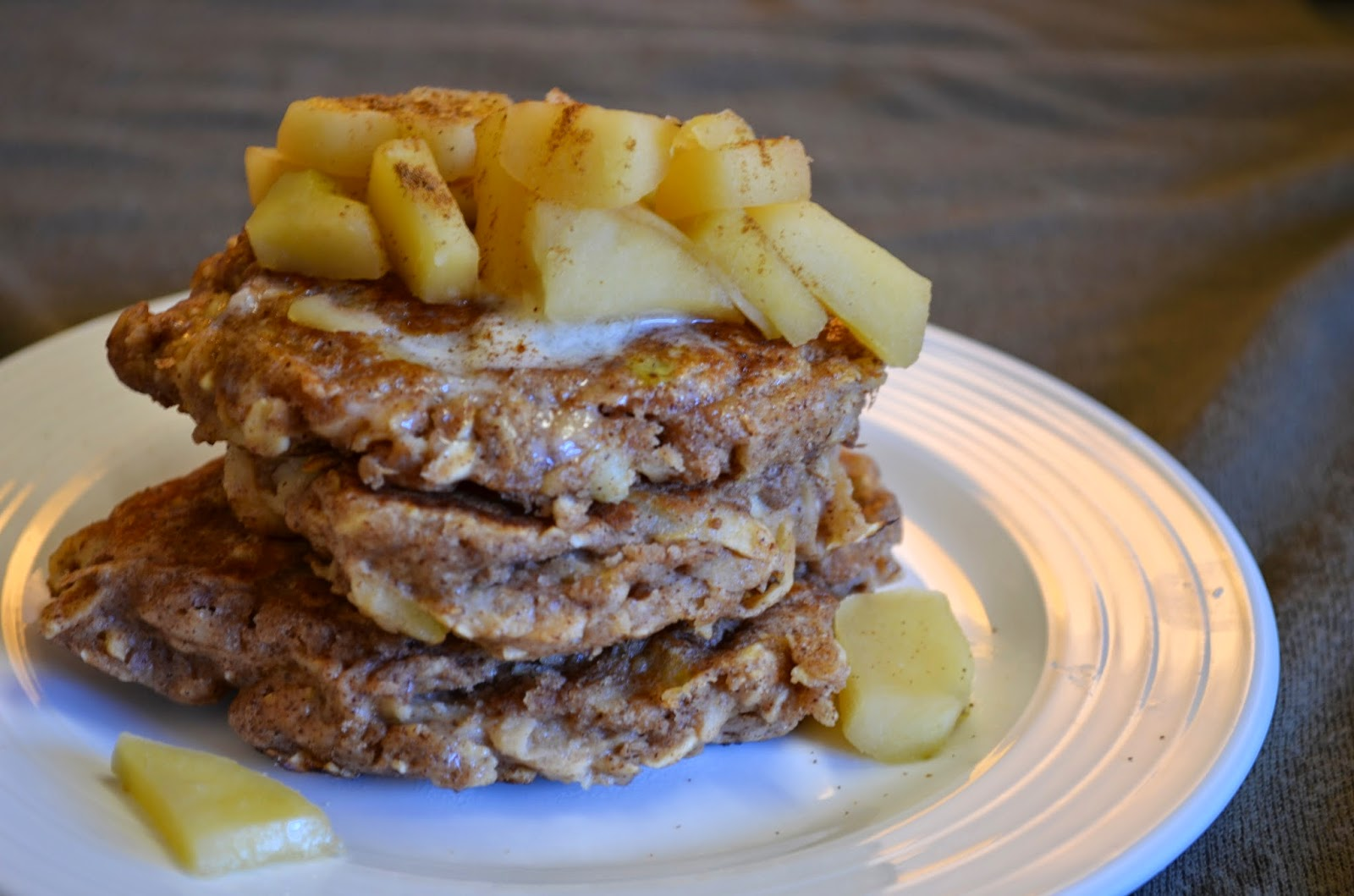 Apple pancakes with vegan butter and stewed apple