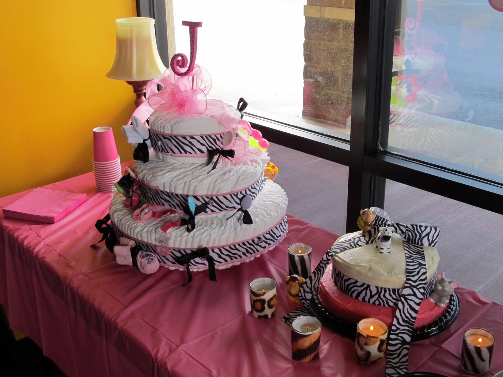 Cheetah Print Baby Shower Theme http://eventsdee-signed.blogspot.com/2011/06/animal-print-baby-shower.html