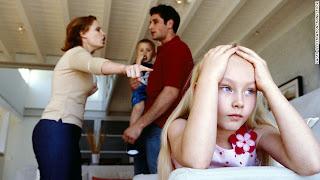 صورة طفلة مخنوقة ومتضايقة اوي