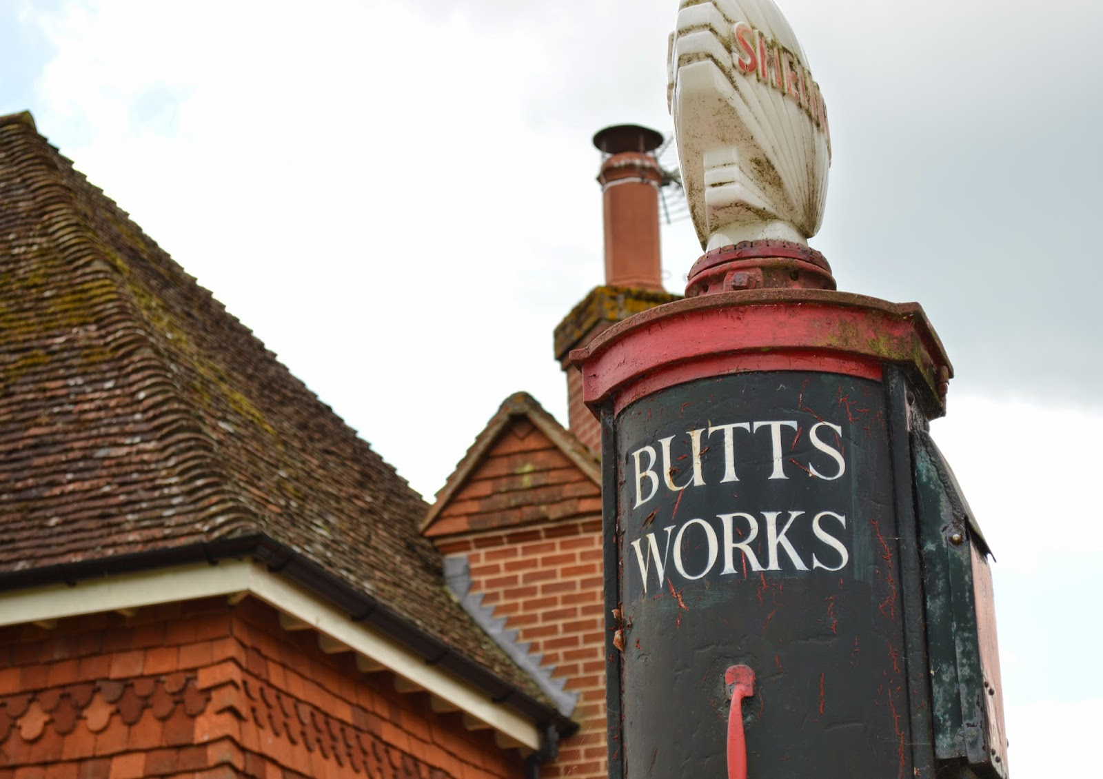 Wisborough, village, quaint, photo, photograph, charming, small, photo, photograph, traditional, cricket, church Chapel, St Peter Ad Vincula, old, butts works