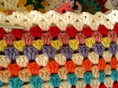 crochet-double-vstitch-edging