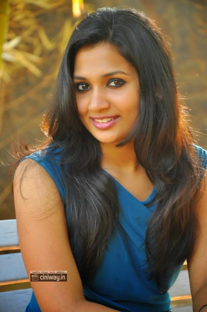 YasaKhan-Heroine-Niranjana-Latest-Stills