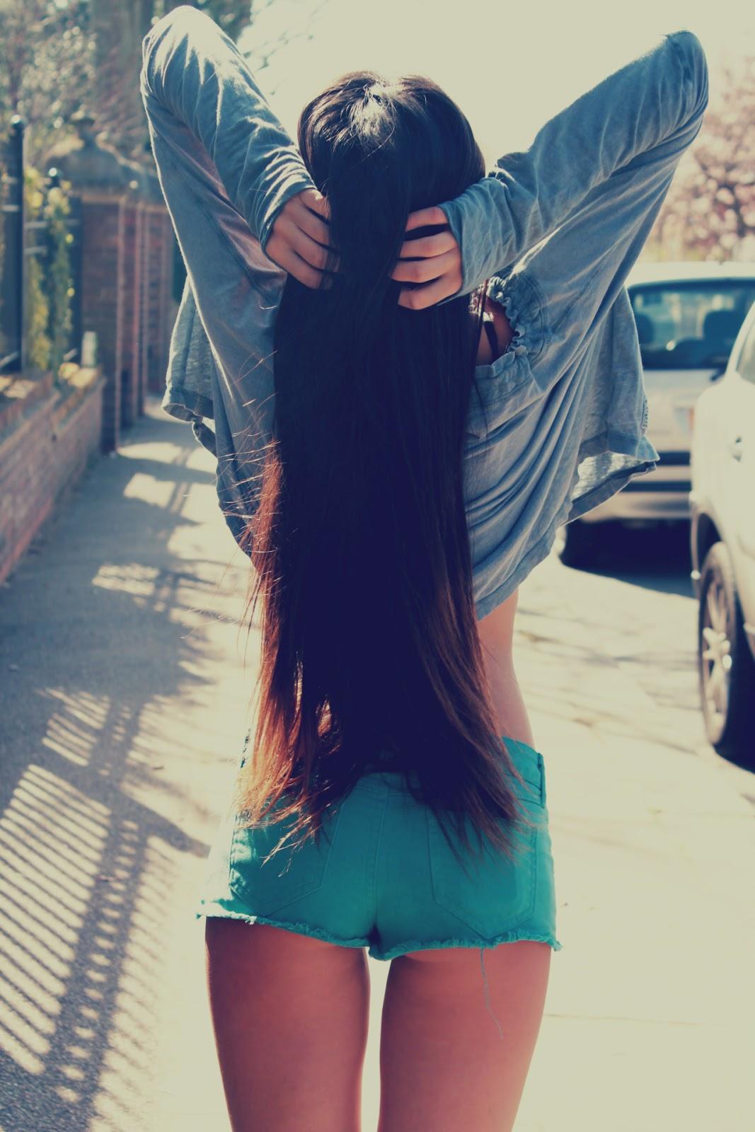 Женщины брюнетки фото со спины на аву