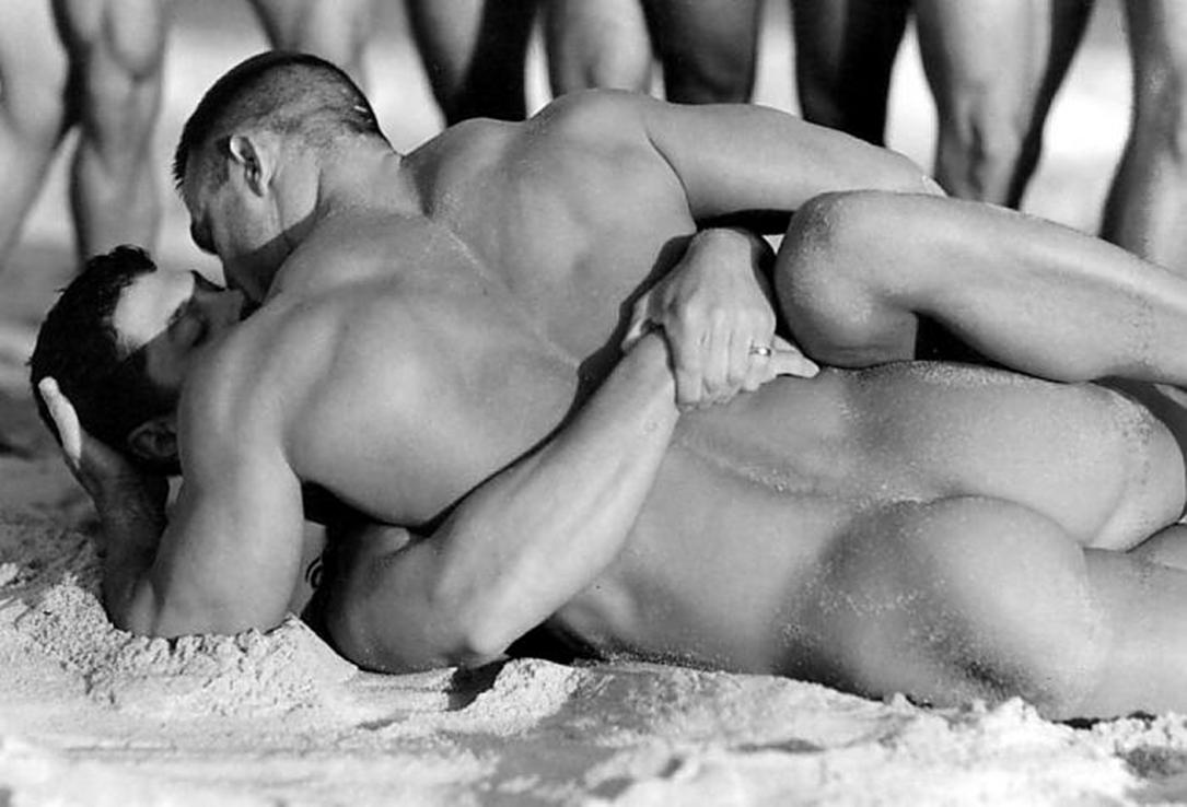 Эротические игры с геями 23 фотография