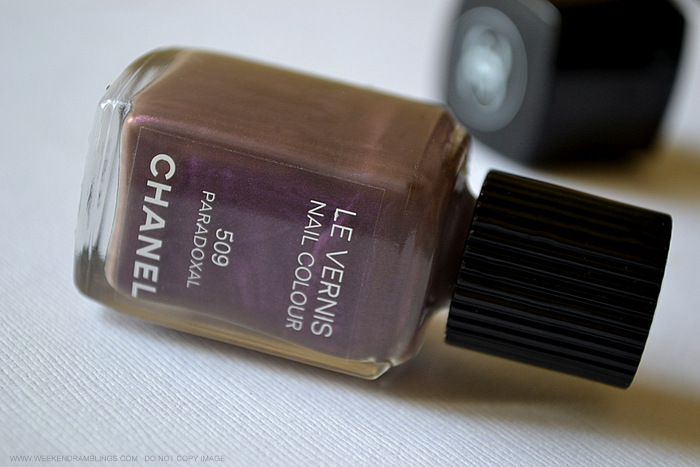 chanel nail polish paradoxal 509 indian darker skin beauty makeup blog reviews photos swatches notd