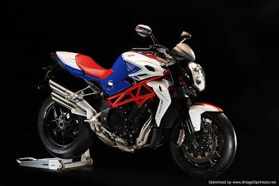 Brutale RR 1090 a verdadeira Superbike