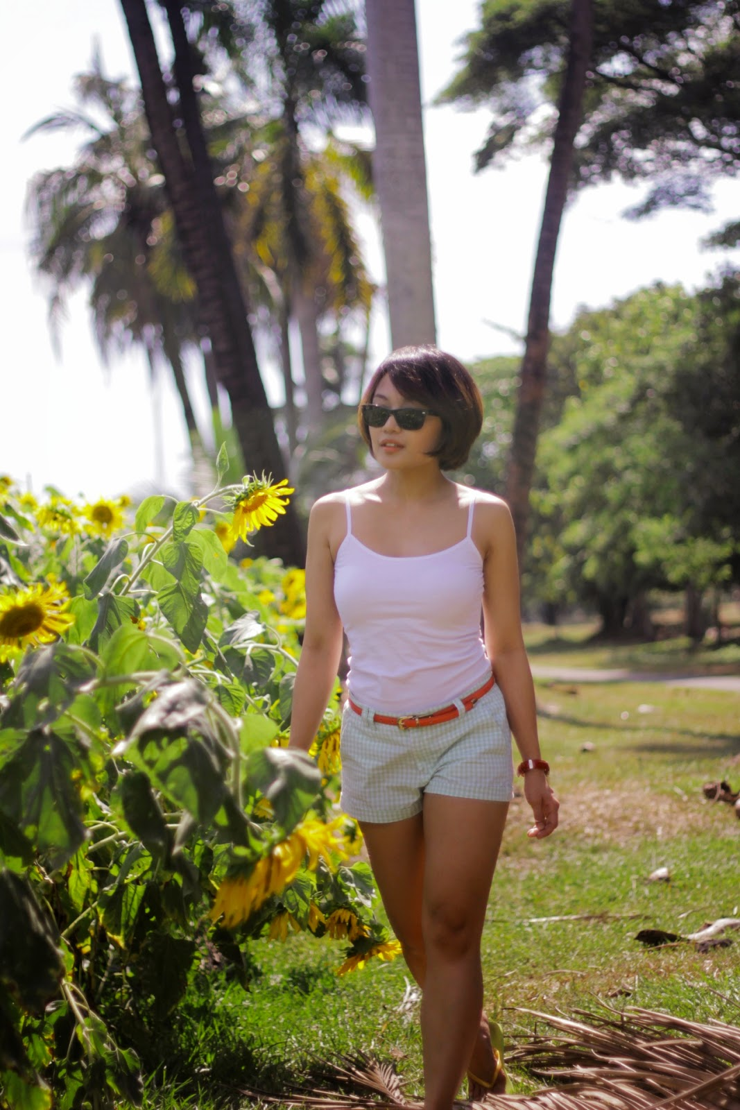 sunflower, UP Diliman, summer outfit, summer blooms