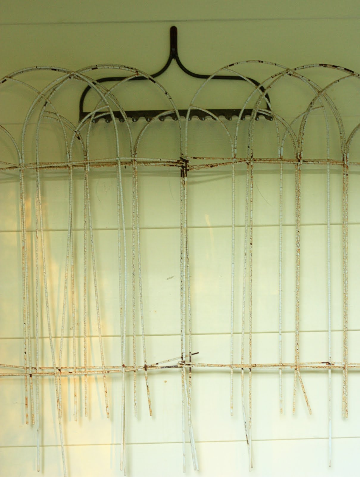 Amazing Wall Wire Art Picture Collection - Wall Decoration Ideas ...