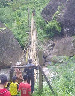jembatan cisono