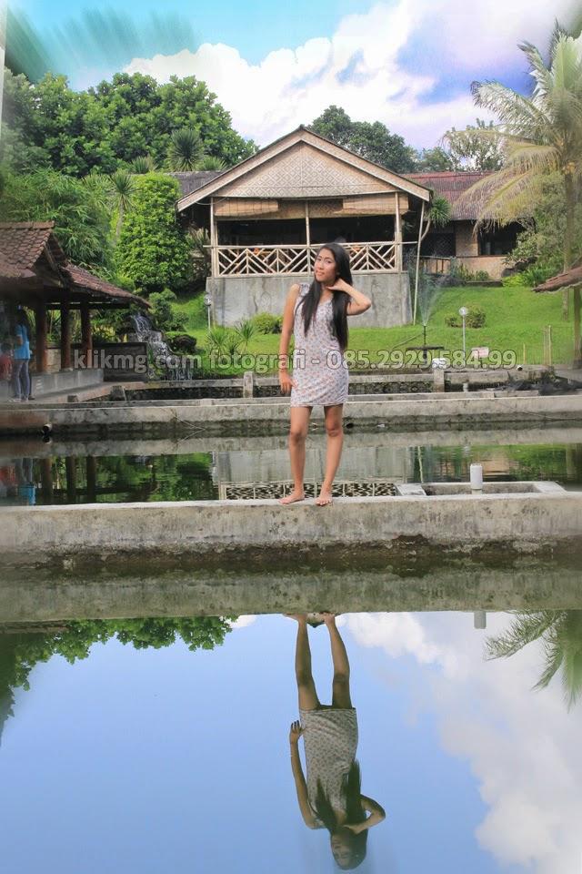 EVE 16th Model Indonesia / Model Purwokerto yang Jelita dalam Balutan Casual Seksi dengan Make Up Tata Rias oleh Ny. ARI Rias Pengantin Purwokerto - Foto oleh KLIKMG Fotografer Wedding & Prewedding