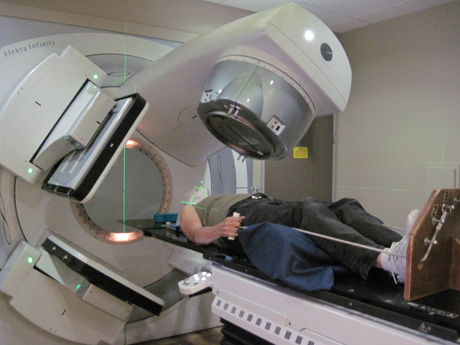 radiation machine for cancer