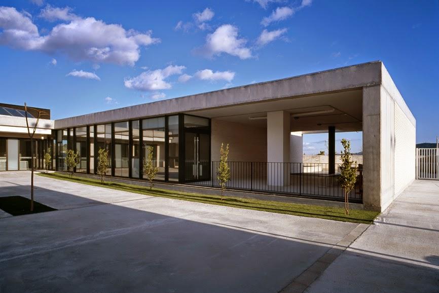 Arquitectura zona cero entre luces y sombras ceip - Arquitectos en alicante ...