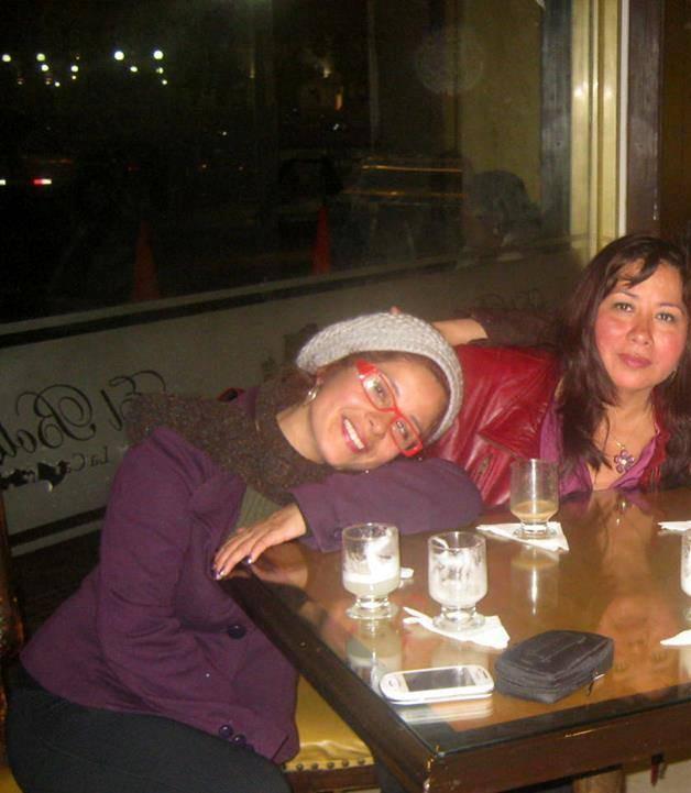 Con la poeta Virginia Benavides