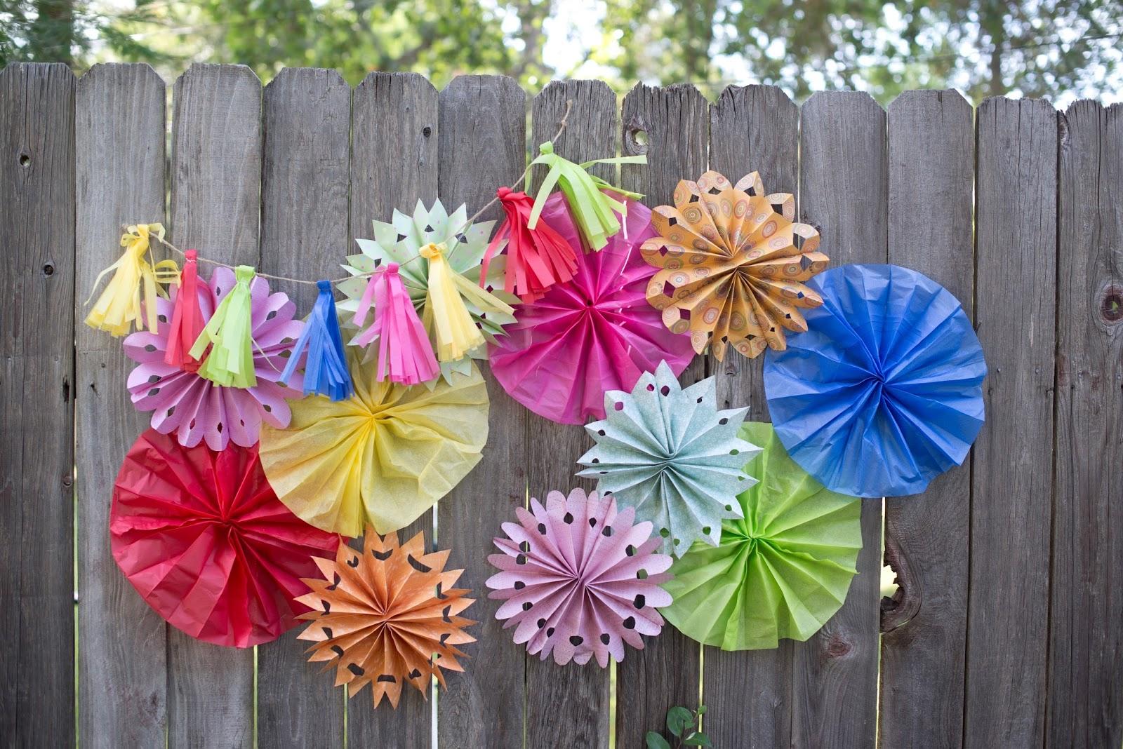 Domestic Fashionista Tissue Paper Party Decorations