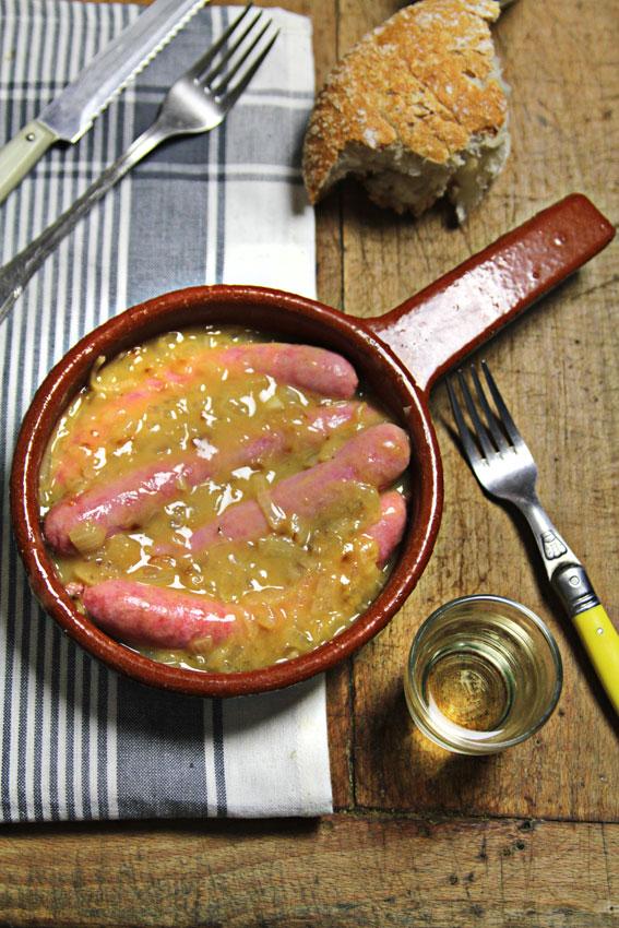 Un soltero en la cocina salchichas en salsa for Un soltero en la cocina